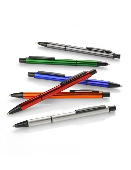 Metalowy długopis o błyszczącej powierzchni Izzi